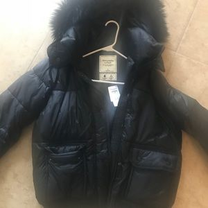 Abercrombie & Fitch Women's. Down Puffer Jacket